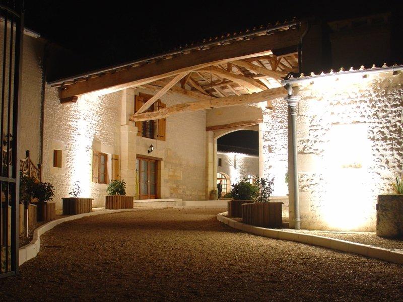 Détails : Le Relais de Saint Preuil: Maison d'hôtes de charme près de Cognac en Charente
